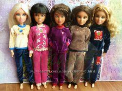 Осенние спортивные костюмы для Барби и Лив