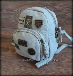 Городской рюкзак в стиле Moschino