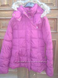 Фірмова курточка для дівчинки