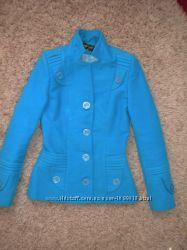 Яркое теплое осеннее пальто, укороченное, размер 42-44