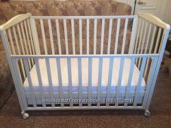 Детская кроватка Baby Italia  и балдахин с держателем