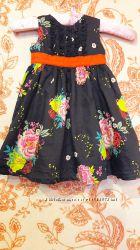Красивое нарядное платье 12-18 мес.