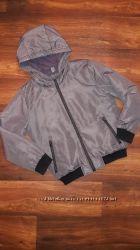 Куртка Zara на 9-10 лет.