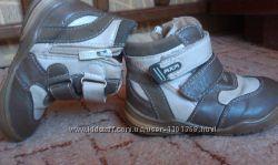 весенне -осенние ботинки кожаные. размер 24. пройдут и на полную ножку. сос