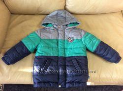 Продам осеннеюю курточку на мальчика 3-4 года в отличном состоянии
