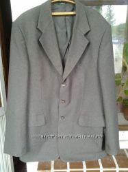 Мужской фирменный костюм, размер 50, Roland