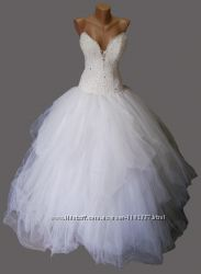 Очень красивое свадебное платье