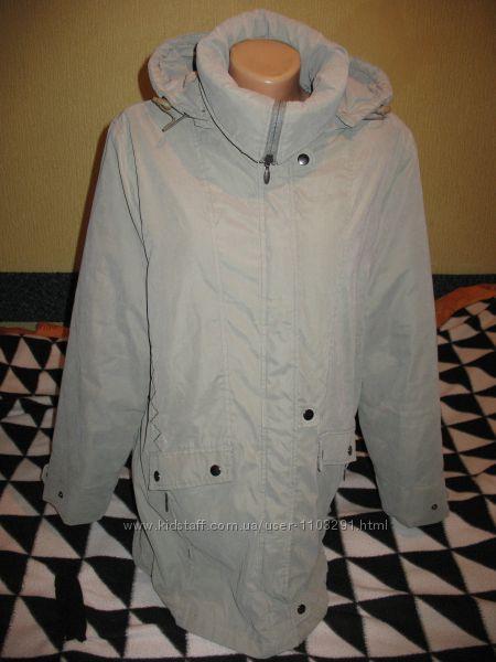 Куртка утеплённая с капюшоном, демисезонная, р. 48-50.