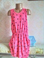 Яркое платье YD с необычной спинкой на 10 -11 лет  146
