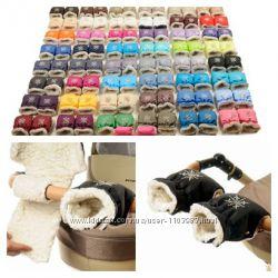 Муфты - перчатки Снежинка на коляску или санки. 49 цветов