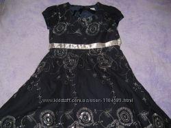 Платье с вышивкой 6лет TU