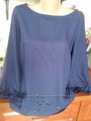 F&f темно-синяя блуза с перфорацией 48-50р