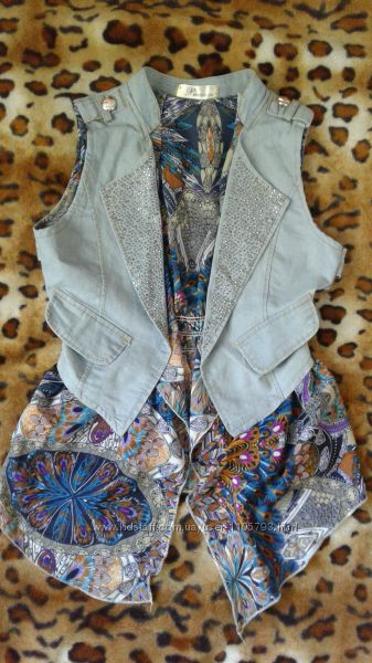 Джинсовый жилет со стразами комбинированный шифоновой блузой. обманка sm