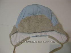 Фирменные шапочки 46-50 р. в отличном состоянии.