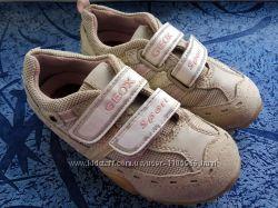 Крутые замшевые кроссовки Geox Respira оригинал 16, 7 см.