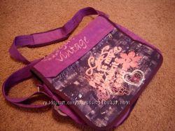 Школьная сумка для девочки.