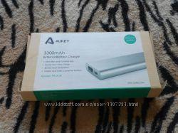 Фирменный пауербанк aukey 3300