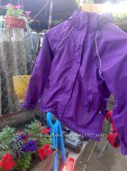 Продам очень красивую фирменную курточку