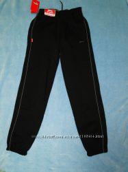 Теплые спортивные брюки от бренда Slazenger 7-12 лет
