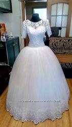 Новое свадебное дизайнерское платье