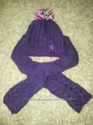 комплект теплая шапочка и шарфик на 4- 8 лет