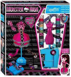 Очень интересный Набор для создания 15 нарядов для кукол Monster High