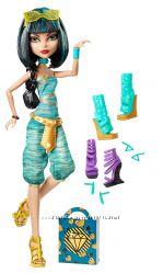 Кукла Ever After High Клео Де Нил с двумя дополнительными парами обуви