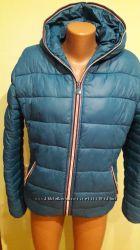 Классная, зимняя куртка на меху