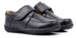 Черные фирменные туфли для мальчика размеры 28, 29, 30 размеры