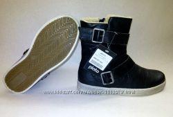 Новые Красивые, качественные и тёплые ботинки ТМ Plato 36 размер