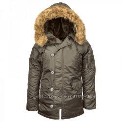 Женская куртка аляска N-3B Women с непромокаемого нейлона.