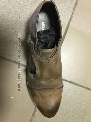 Крутые туфли дорогого бренда Melvin&Hamilton