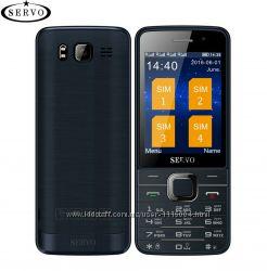 Телефон на 4 сим карты Servo
