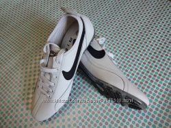 Кожанные кроссовки Nike Air 41-42р. стелька 27, 5 см.