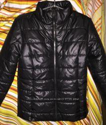 новую демисезонную курточку синтепон 44 р