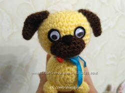 ладошечный мопсик собака мягкая игрушка вязаная крючком подарок