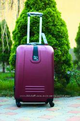 Бордовый чемодан пластиковый Валіза марсала без предоплат сумка на колесах