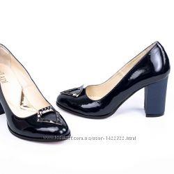 91a9c4da7a10 Более 300 моделей обуви и сумок для всей семьи, 900 грн. Туфли ...