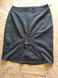 Отличная новая юбка строгого офисного стиля