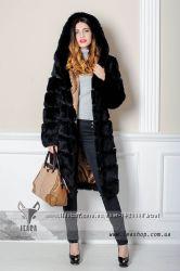 Женская шуба из кролика с капюшоном