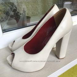 Эксклюзивные дизайнерские кожаные туфли