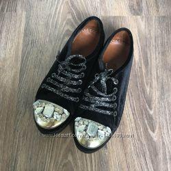 Новый крутые бархатные кеды с металлическим носком со стразами