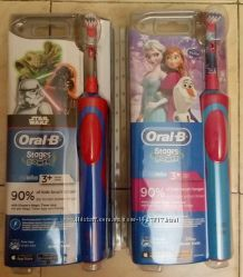 Детская электрическая зубная щетка Oral-B D12. 513 Stages Power