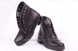 Женские кожаные ботинки 00004