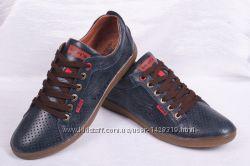 Мужские кожаные туфли Levis 00229