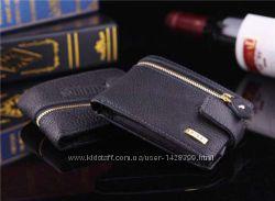 Мужской кожаный бумажник.