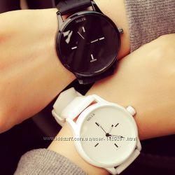 Женские наручные часы Miler - черные и белые