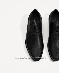 Черные туфли-блюхеры с тиснением по верху Zara 42. 43 новая коллекция