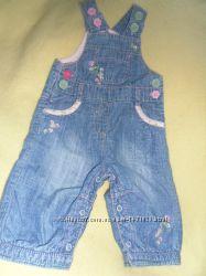 Легкий джинсовый комбинезон для девочки бу