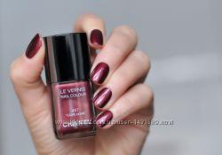 Chanel le vernis 457 Tulipe noir
